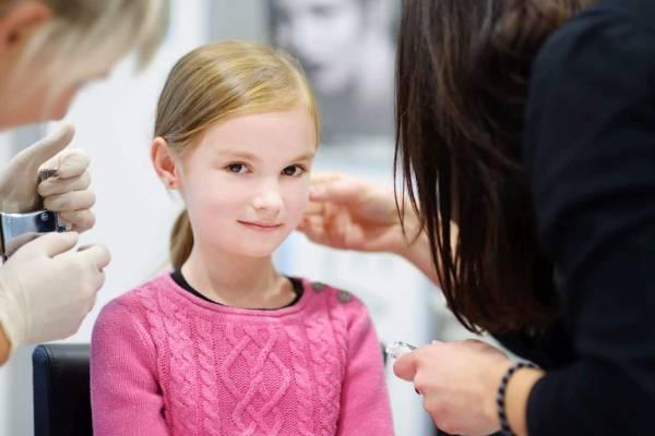 Child Microsuction earwax
